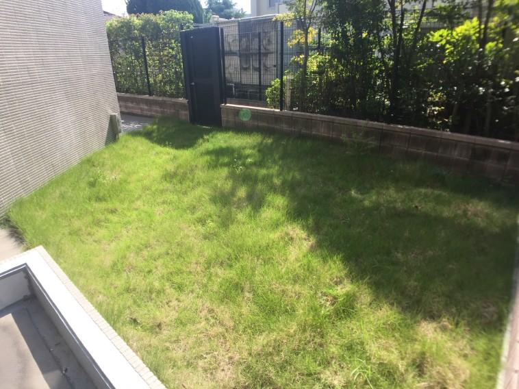専用庭芝生部分