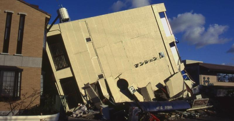 旧耐震基準建物の倒壊