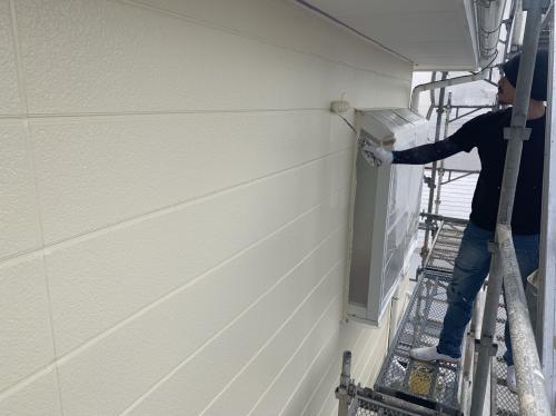 外壁の塗装 仕上塗り