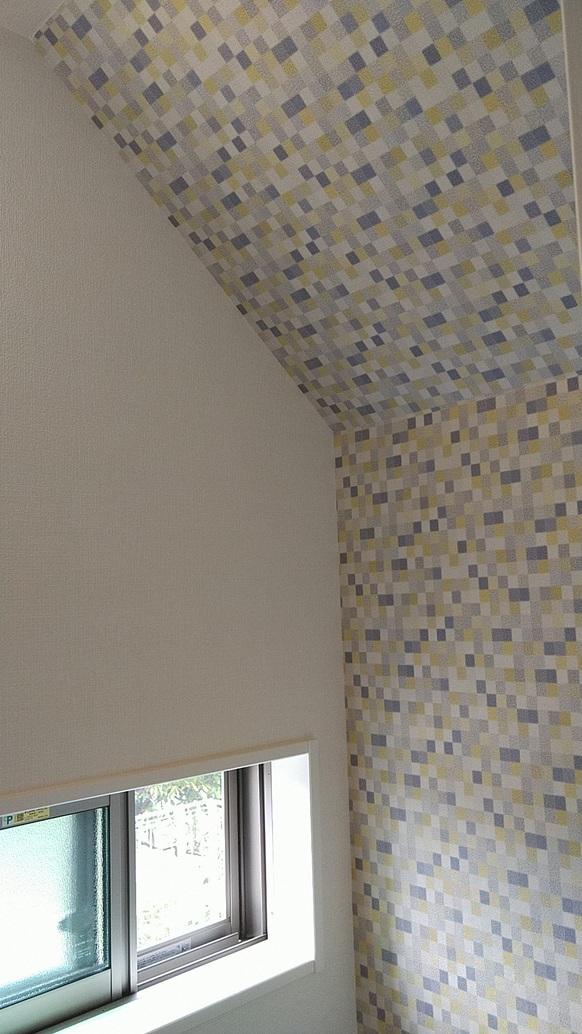 新築一戸建てトイレ壁紙アクセント